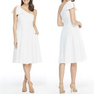 NWT Gal Meets Glam Yvonne Bow One Shoulder Dress